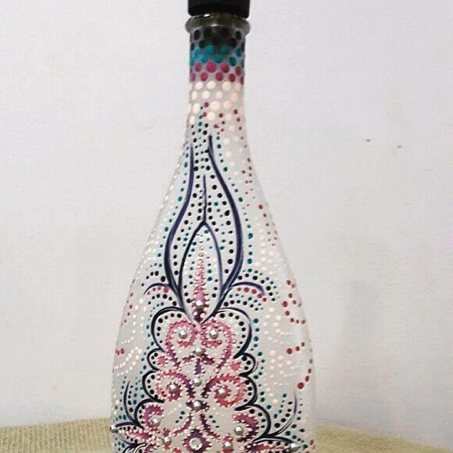 Trabalho mara de decorao em garrafa da professora Eliane Owczarek!hellip